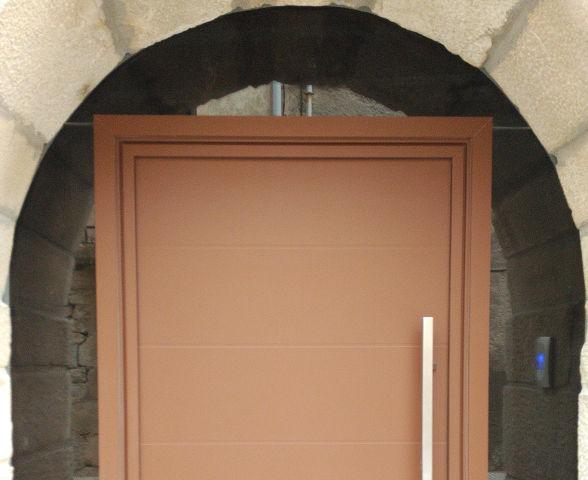 Puerta de entrada RimonGlass